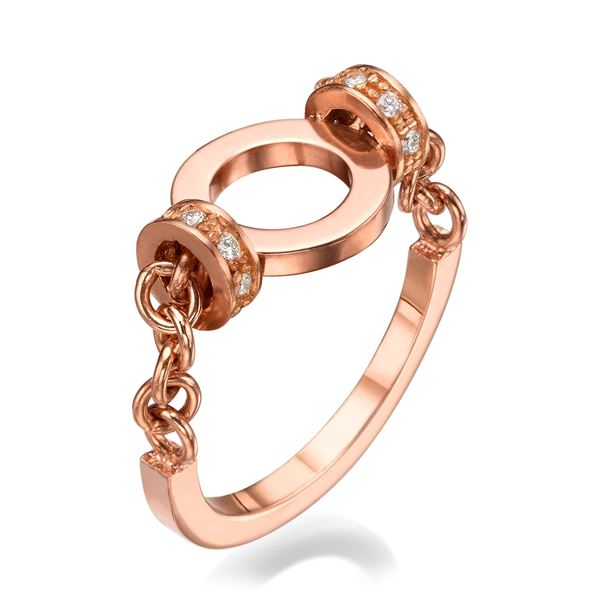 18k Rose Gold Ring Set With Diamonds